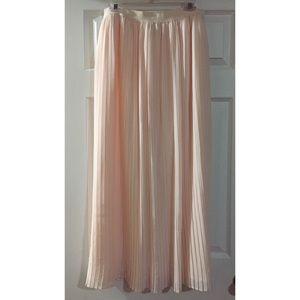 🔸 Lauren Conrad Maxi Skirt
